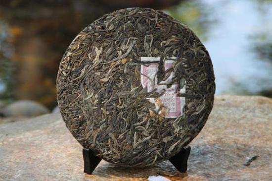 2006年的普洱茶饼值多少钱,详述06年普洱茶价格