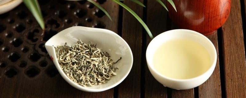 白茶适合什么季节喝好